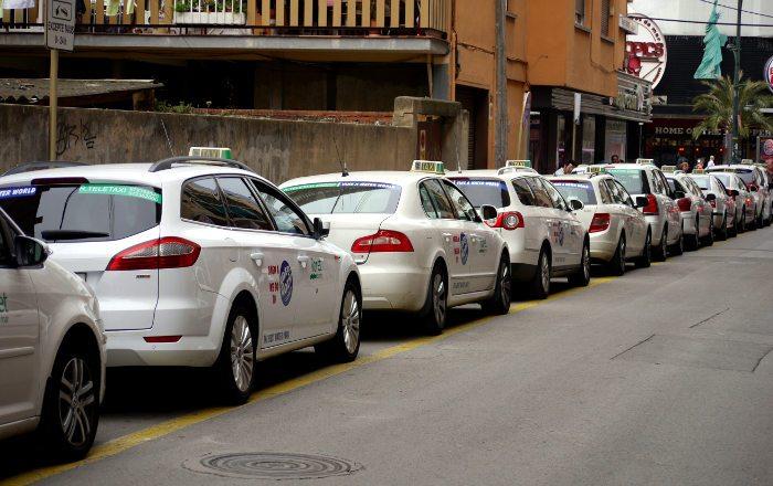 Такси в Ллорет де Мар