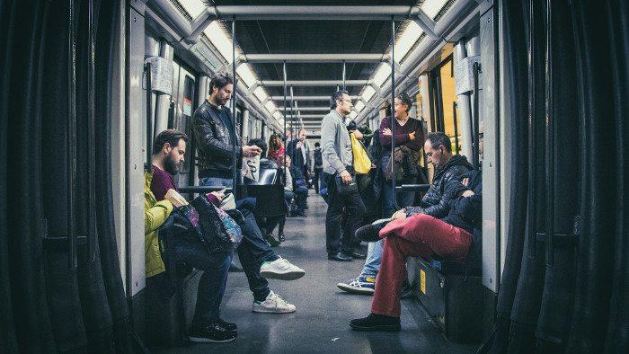 Проезд без билета в метро Барселоны