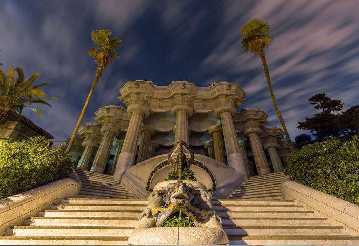 «Храм ста колонн»