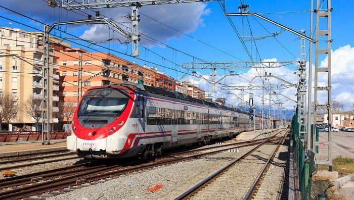 Самый бюджетный вариант – поезд