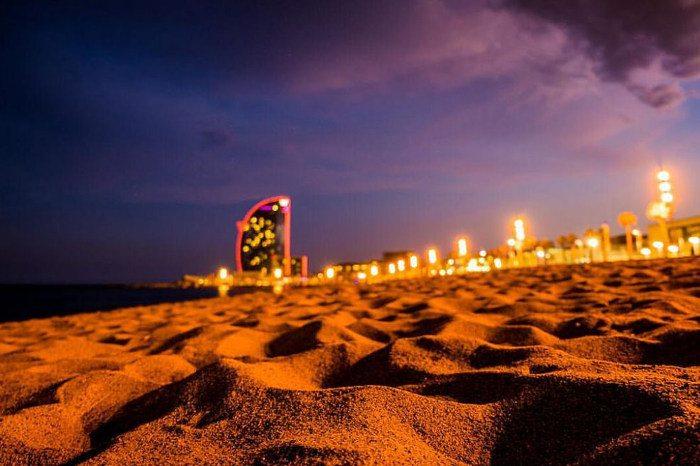 Самый живописный пляж Барселоны